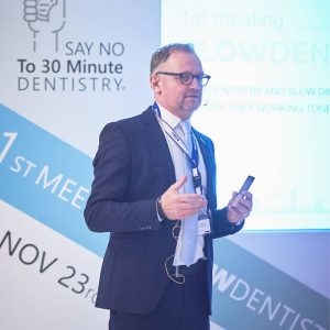 Dr. Marcus Engelschalk auf dem 1. Symposium für Slow Dentistry in London